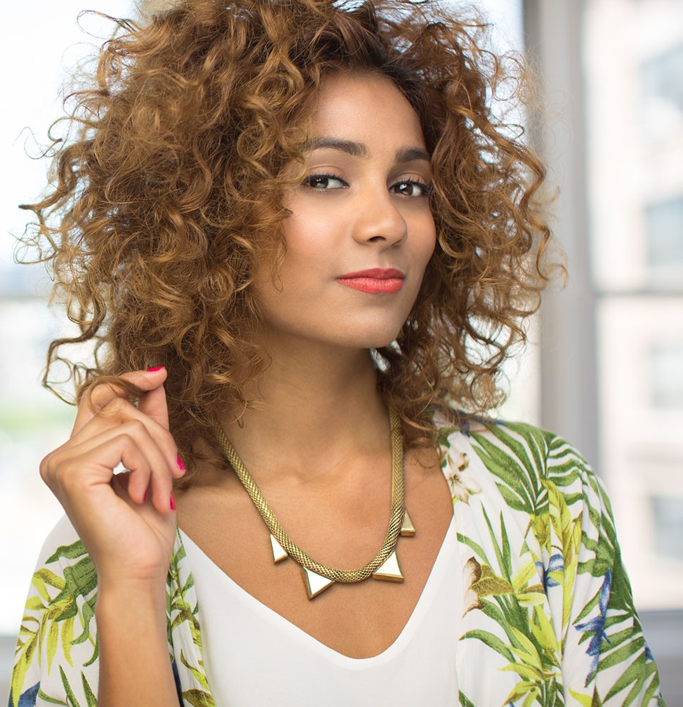 How to Manage Curly Hair